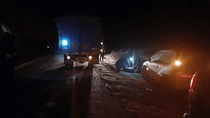 Cusco: Omnibús impacta con vehículo estacionado y deja cinco heridos