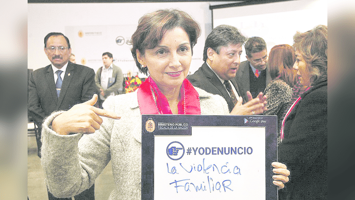 Interrogadora. La fiscal especializada en enriquecimiento ilícito María Cabello Arce