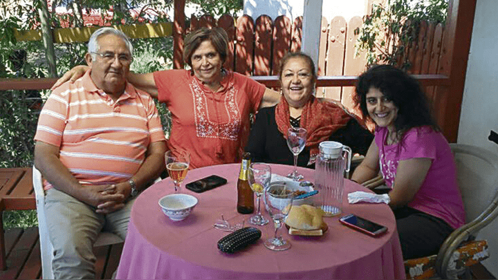 Celebración. Los padres de Jorge Tobar se sentían realizados como abuelos. El día que se enteraron del nacimiento.