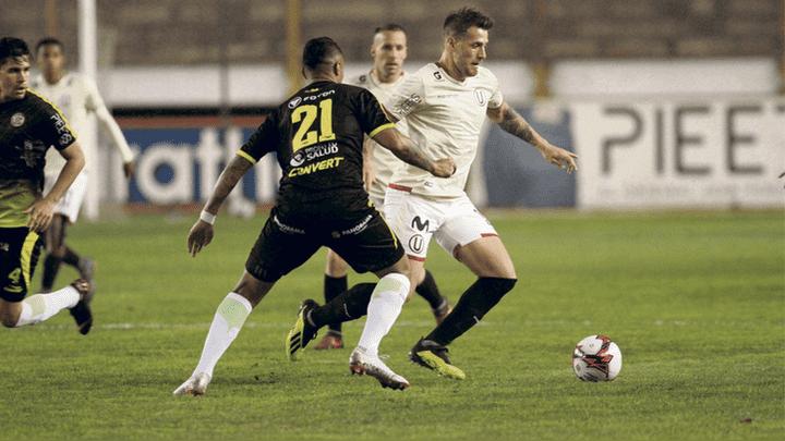 Positivo. Denis no anotó pero sí asistió para el 2-1 convertido por Osorio.