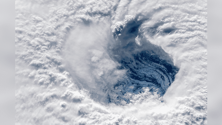 Astronautas de la Estación Espacial Internacional captaron las impactantes imágenes del huracán Florence durante su paso por el Atlántico.