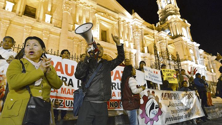 Protesta. Colectivos de ciudadanos exigen una lucha frontal contra la corrupción.