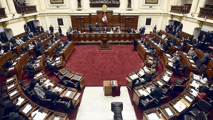 Presidente del Parlamento, Daniel Salaverry, no cumplió con iniciar debate de reforma de CNM en el pleno.