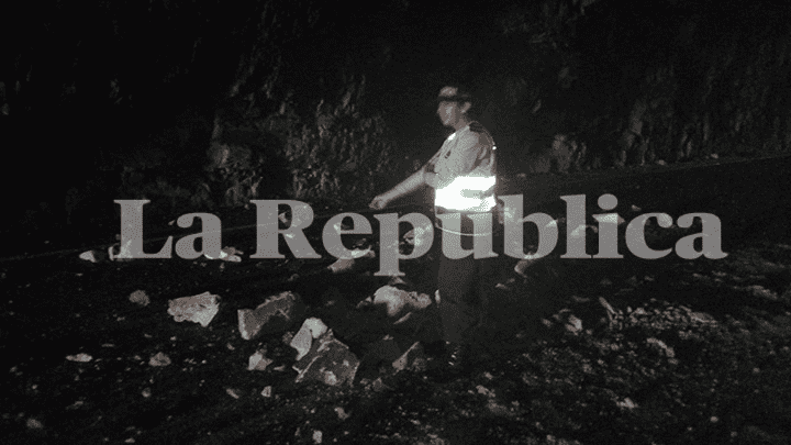 Rocas comenzaron a desprenderse dentro de túnel de la Panamericana Sur