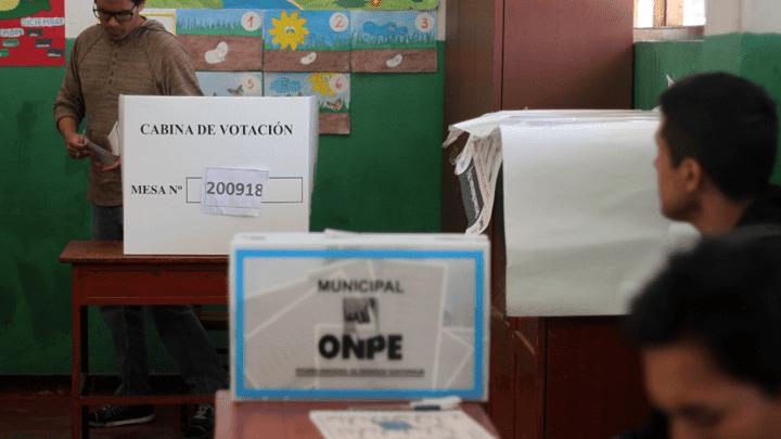 """Electores no deben tomarse """"selfies"""" al momento de la votación ni subirlas a sus redes sociales. Foto: La República"""