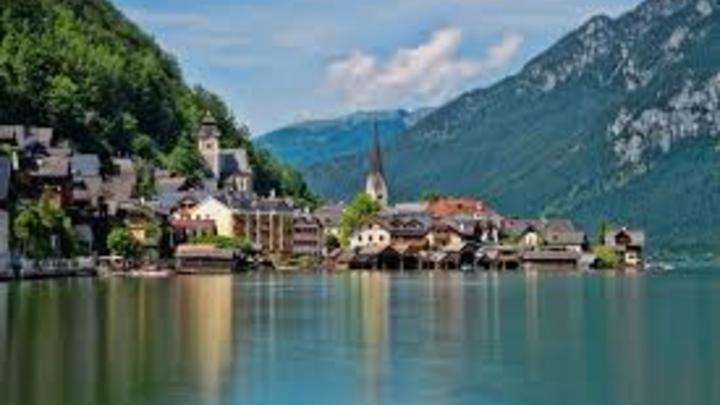 7 Austria tiene un horario de 1.601 horas al año, lo que representa unas 30 horas semanales.